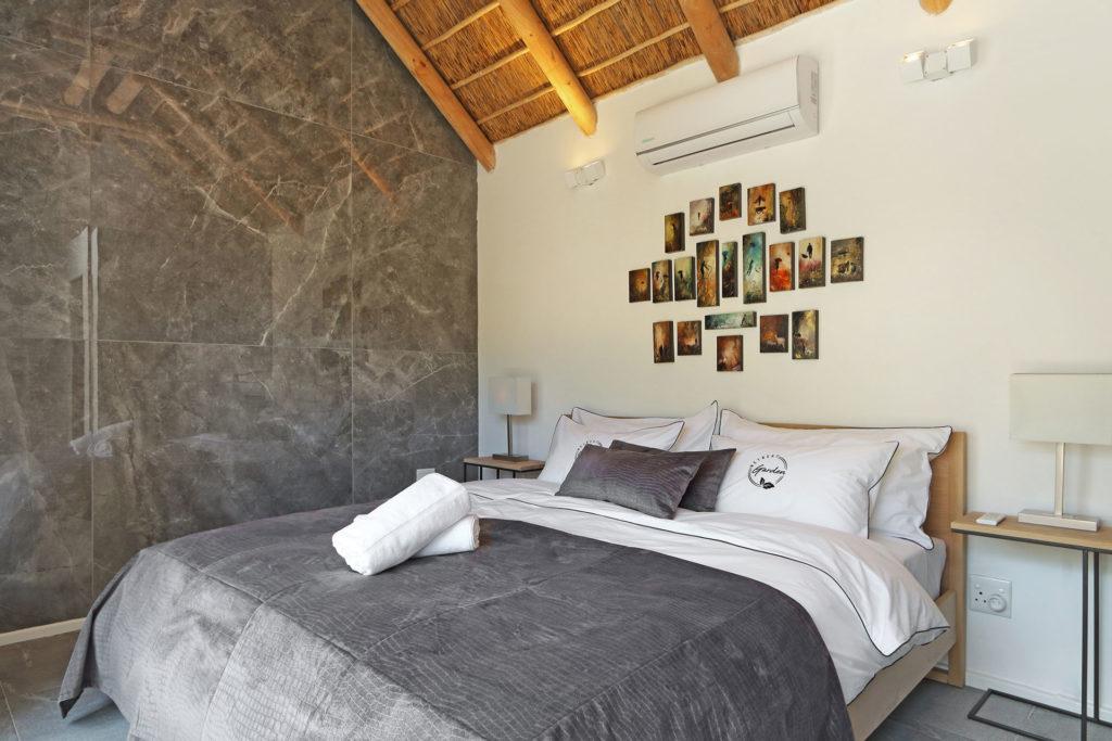 Bedroom of Garden Retreat's Deluxe Cottage